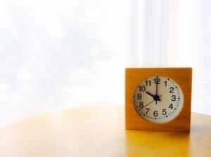 時計、午前中